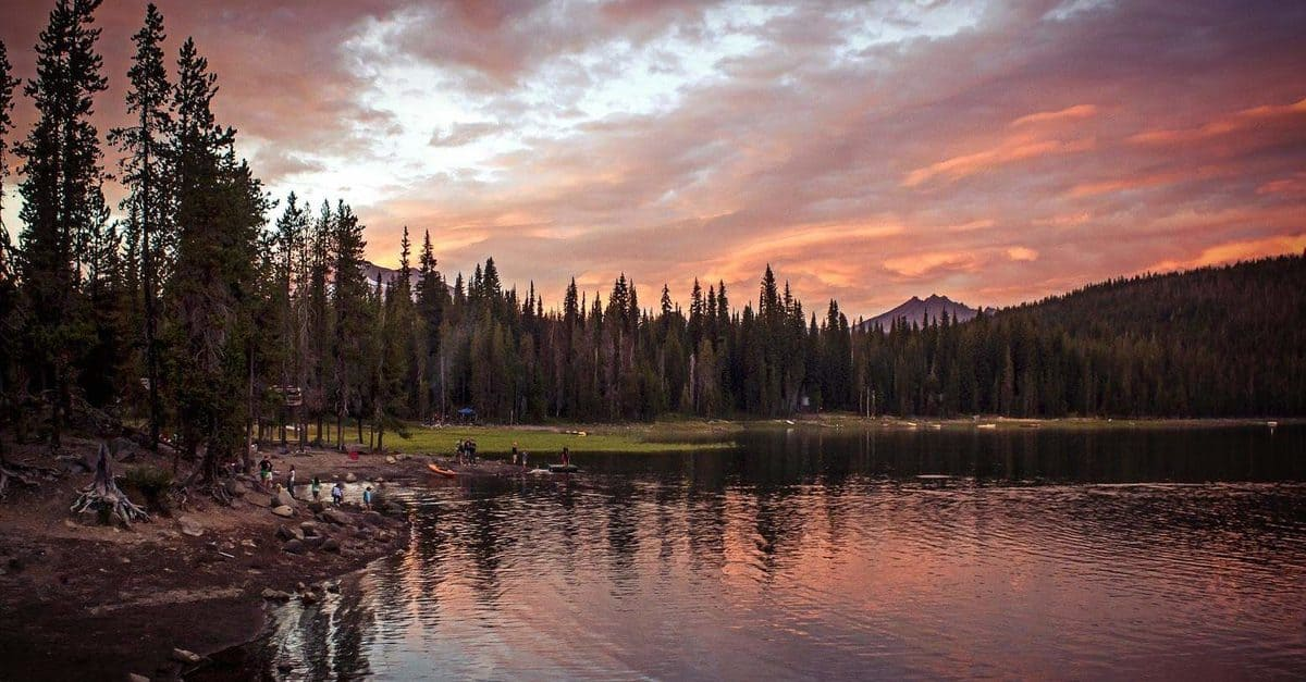 lake_GyXLZDKu