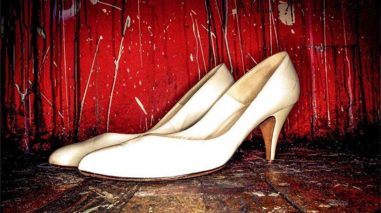 alejandroescamilla-white-shoes